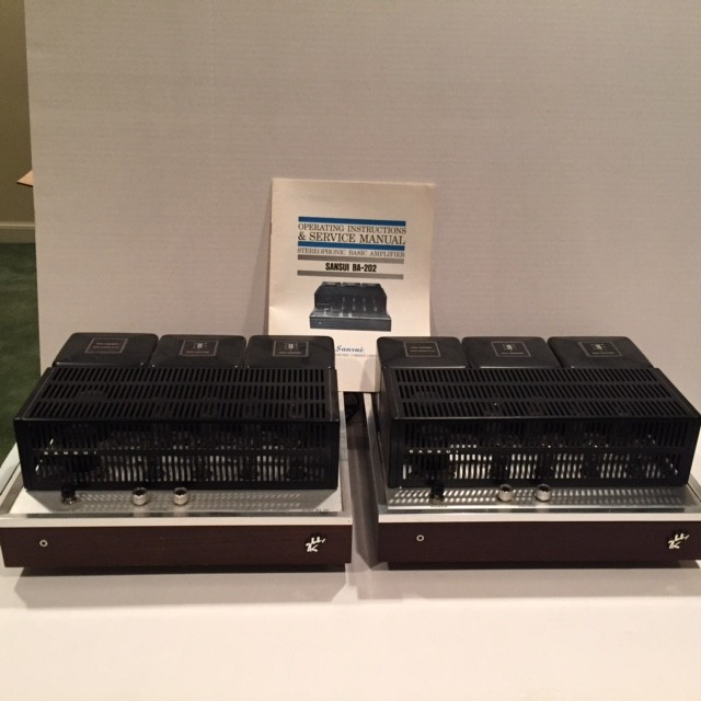 Two BA 202 amps, the 11 WPC version of the BA 303. These were designed to be the mid and hi amp in a tri-amped system.